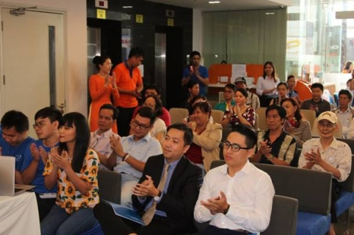 Đã tìm thấy khách hàng may mắn trúng giải 1 lượng vàng SJC từ Kiều hối Đông Á