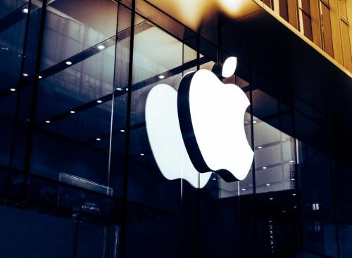 """Đồng sáng lập Siri nói Apple đang """"làm hỏng"""" Siri!"""