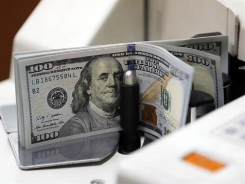 Tỷ giá trung tâm tăng nhẹ, giá USD ngân hàng không có nhiều biến động