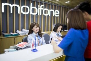 MobiFone khuyến mại 50% cho thuê bao trả sau