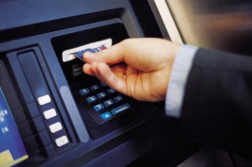 Tư vấn về việc rút tiền từ thẻ Visa