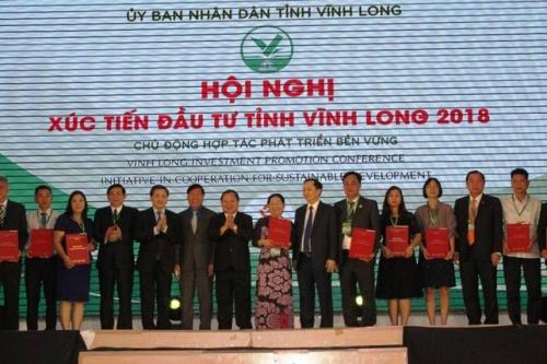 Ngân hàng cam kết cho vay 1.800 tỷ đồng ở Vĩnh Long