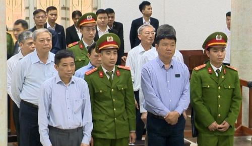 Bị cáo Đinh La Thăng bị tuyên 18 năm tù giam