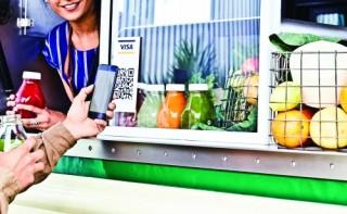 Thanh toán phi tiền mặt qua ví điện tử tăng vọt