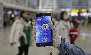 Virus corona có thể sống 96 tiếng trên màn hình smartphone