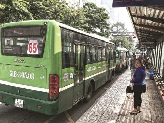 TP.Hồ Chí Minh:Vận tải công cộng bằng xe buýt gặp khó