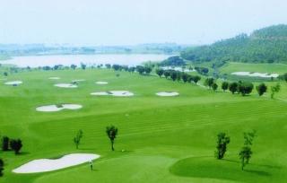 Bắc Ninh xin ý kiến làm sân golf cạnh sông Đuống