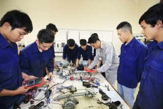 Thu hút lao động chất lượng cao cho hợp tác xã