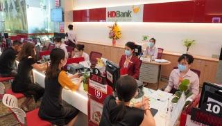 HDBank tăng vốn lưu động, mở rộng các gói tín dụng hỗ trợ khách hàng vượt khó thời COVID
