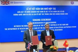 Vương quốc Anh và Việt Nam: Hợp tác giải quyết tình trạng kháng kháng sinh