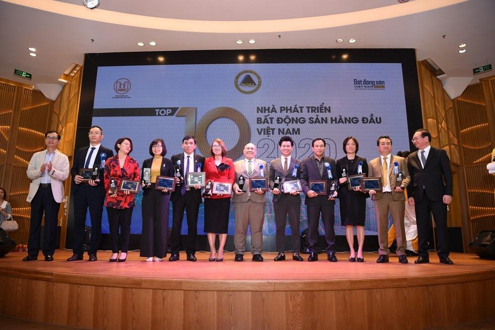 vinh danh 10 nha phat trien bat dong san hang dau viet nam 2020