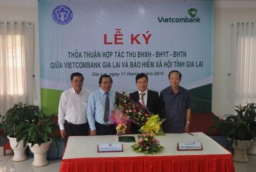 Vietcombank hợp tác thu BHXH, BHYT, BHTN trên địa bàn 2 tỉnh Quảng Trị và Gia Lai