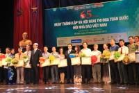 Nâng tầm báo chí Việt Nam