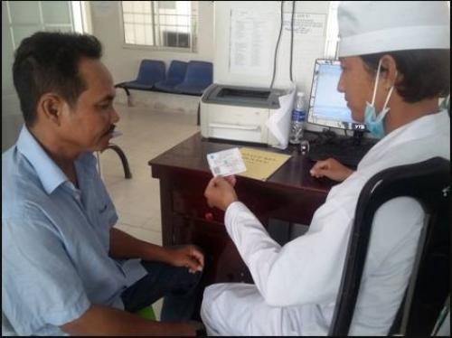 PAPI 2016: Người dân hài lòng hơn với bảo hiểm y tế công lập
