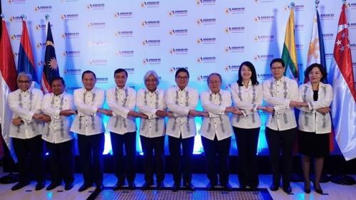 Phó Thống đốc Nguyễn Thị Hồng làm Trưởng đoàn dự Hội nghị ACGM và AFMGM