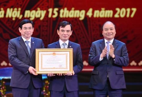 BIDV kỷ niệm 60 năm thành lập và đón nhận Huân chương Lao động hạng Nhất