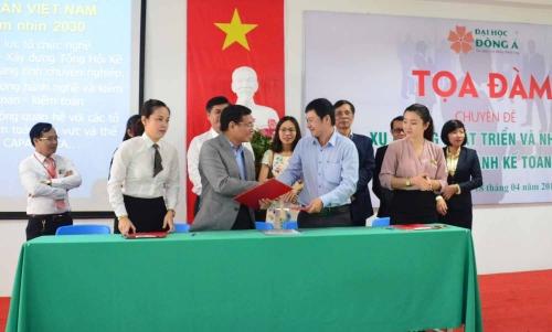 SeABank Đà Nẵng hợp tác với Đại học Đông Á