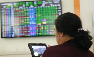 Chứng khoán sáng 19/4: Dòng tiền tiếp tục chảy mạnh vào SHB