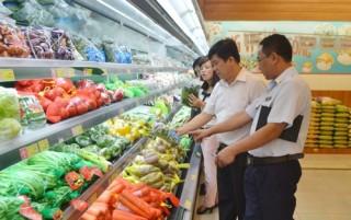 Quản lý an toàn thực phẩm: Không nên đổ lỗi cho các quy định của pháp luật