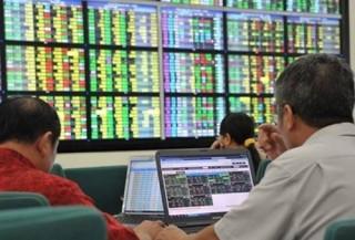 UBGSTCQG cảnh báo cần giám sát các dòng vốn vào chứng khoán