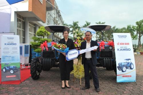 Thaco xuất xưởng máy kéo nông nghiệp