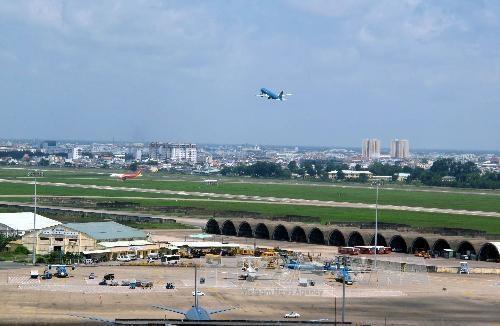 Đầu tư xây mới một nhà ga hành khách tại khu vực phía Nam sân bay Tân Sơn Nhất