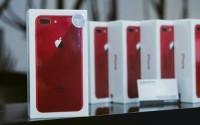 iPhone 8 Plus màu đỏ chính hãng lên kệ, giá 23 triệu đồng