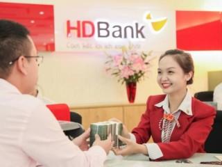 Cộng thêm lãi suất 0,4%/năm khi gửi tiền ở HDBank