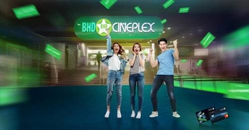 Ưu đãi xem phim rạp miễn phí cho chủ thẻ tín dụng Standard Chartered