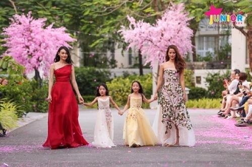 Chiêm ngưỡng sàn diễn thời trang đẹp như cổ tích tại Premier Village Danang Resort Managed by AccorHotels