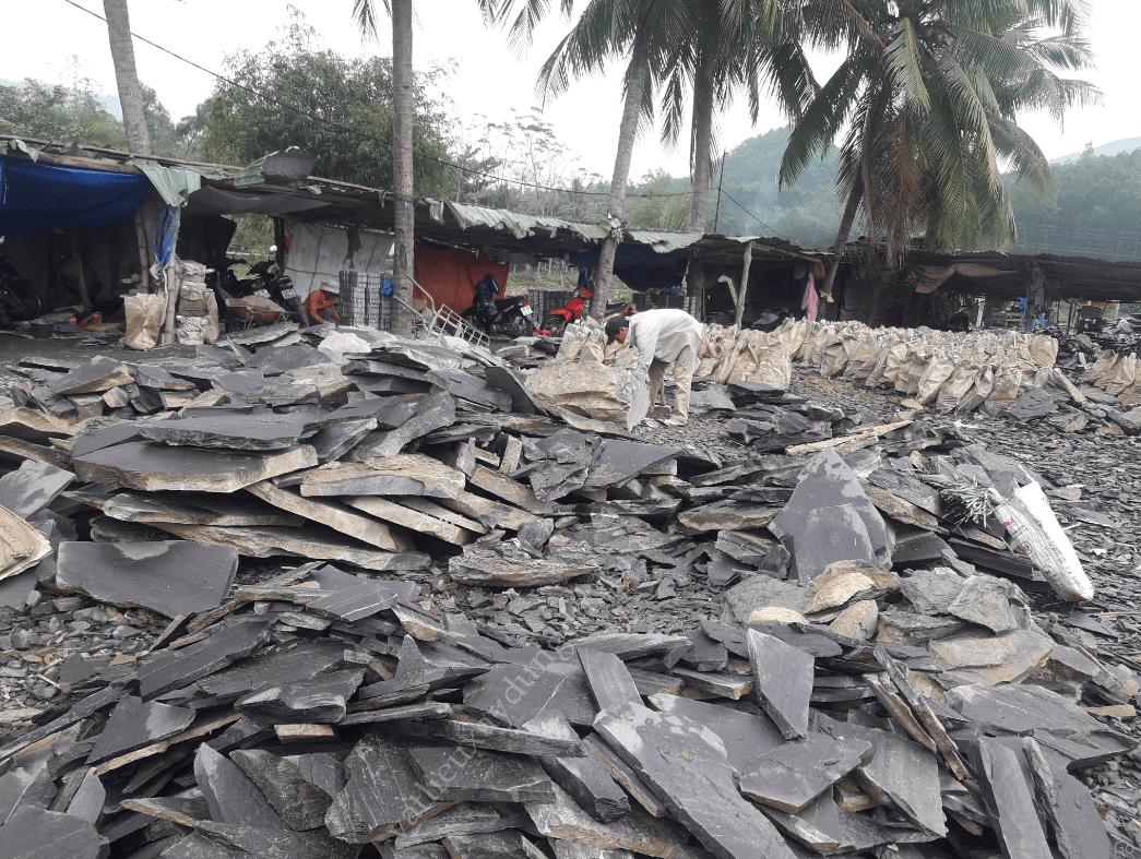 Phát triển làng nghề đá chẻ Hòa Sơn