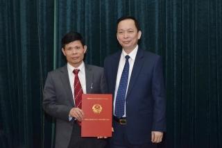 Công bố quyết định giao quyền Chánh Văn phòng NHNN