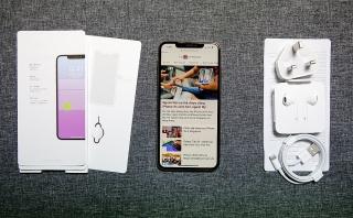 iPhone XS cũ hút khách