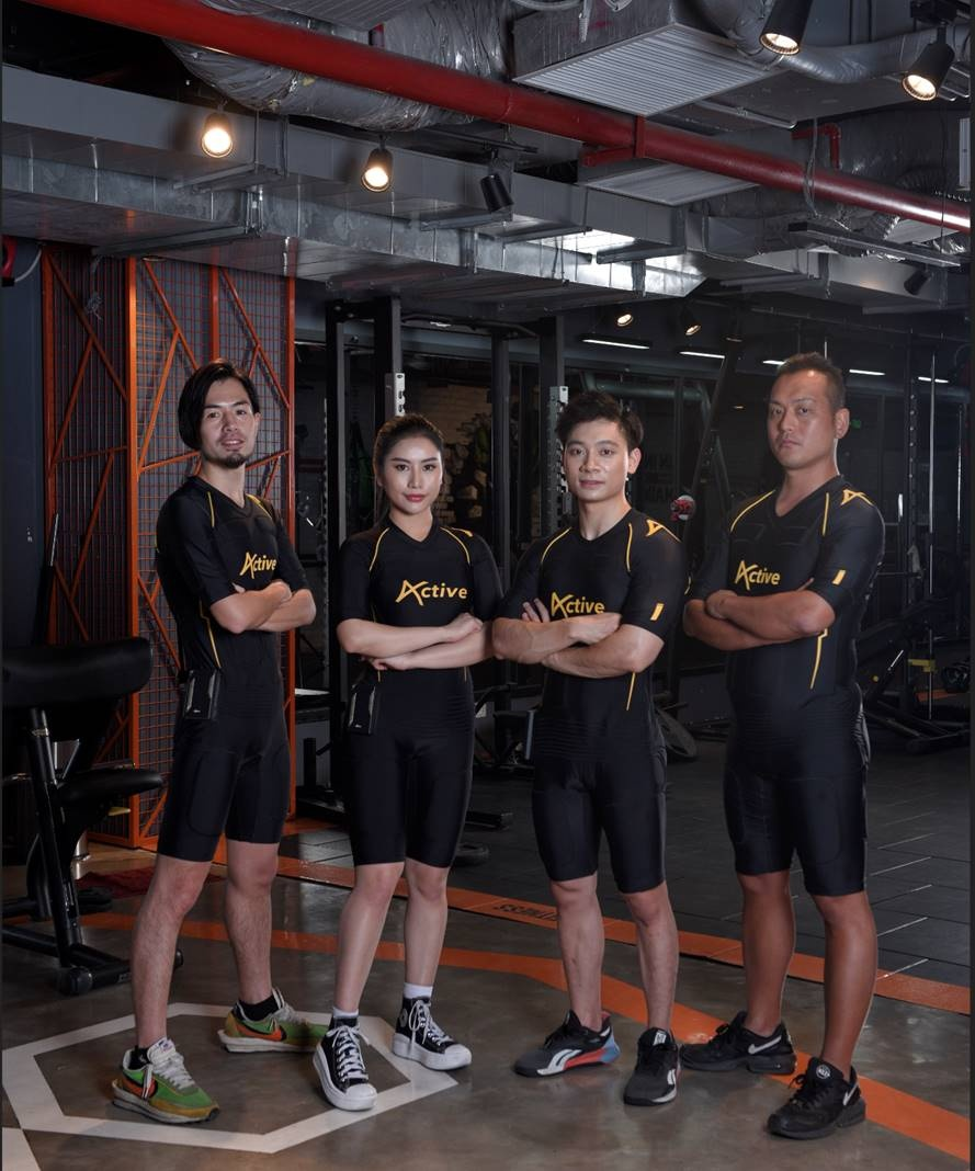 yagi chinh thuc gioi thieu trang phuc fitness ung dung cong nghe ems tai viet nam