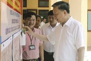 Kịp thời phát hiện, xử lý vướng mắc trong công tác bầu cử