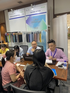 Có khoảng 300 cuộc giao thương tại Triển lãm xúc tiến ngành dệt may Việt Nam - Đài Loan 2021