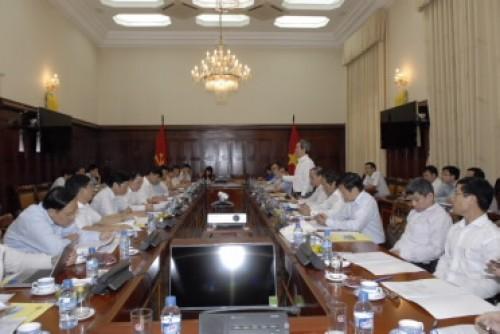 Lãnh đạo Ban Kinh tế Trung ương làm việc với NHNN về kinh tế tập thể