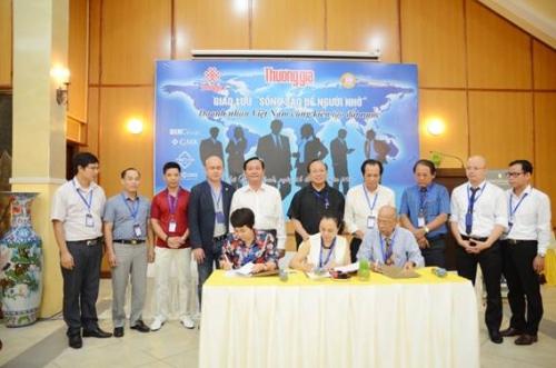 BAOOV và Câu lạc bộ Thương Gia ký kết hợp tác hỗ trợ