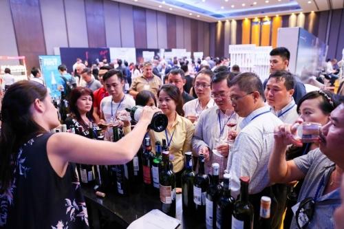 """Khám phá thế giới rượu vang với sự kiện """"Wine Of The World Festival 2018"""""""