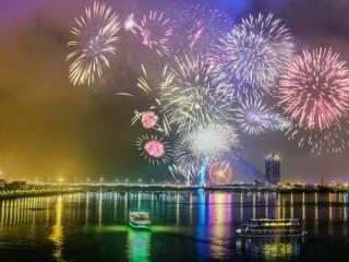 Grand Mercure Danang khuyến mãi nhân lễ hội pháo hoa