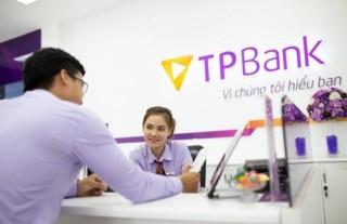 Đằng sau sự chuyên nghiệp, chỉn chu và thanh lịch của giao dịch viên TPBank