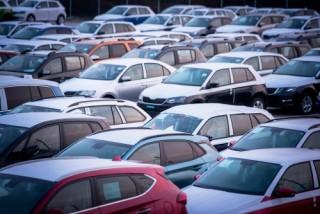 Mua xe ô tô không còn là giấc mơ xa của người Việt