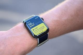Apple Watch Series 6 lộ tính năng mới