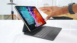 Bàn phím Magic Keyboard 'ngốn' pin iPad Pro