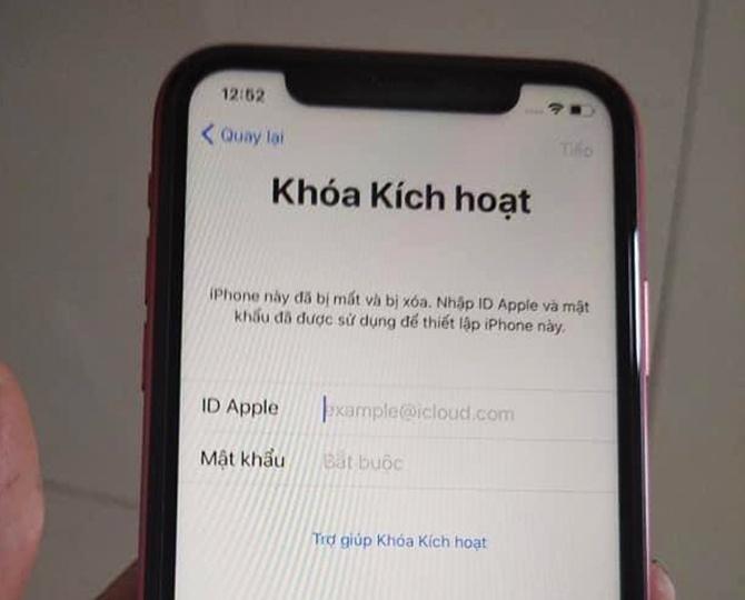 bi khoa iphone vi vay tien bang icloud