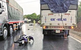 Cần lập lại an toàn giao thông trên quốc lộ 14