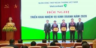 Đảng bộ Vietcombank Sở giao dịch: Tỏa sáng khát vọng tiên phong