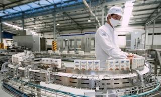 Với 13 nhà máy hiện đại, Vinamilk hiện có thể sản xuất hơn 28 triệu hộp sữa mỗi ngày