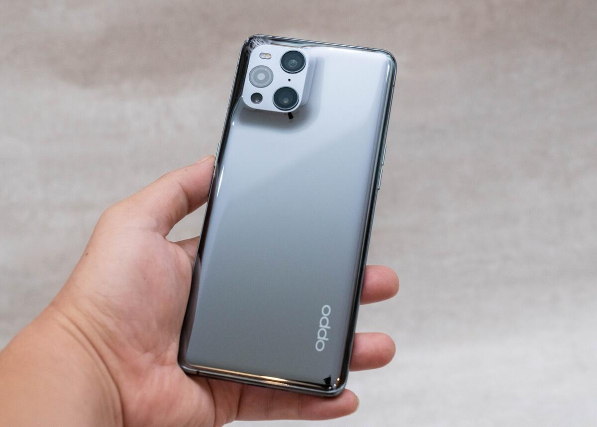 6 smartphone vua ra mat tai viet nam