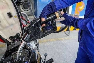 Giá xăng, dầu đồng loạt giữ nguyên